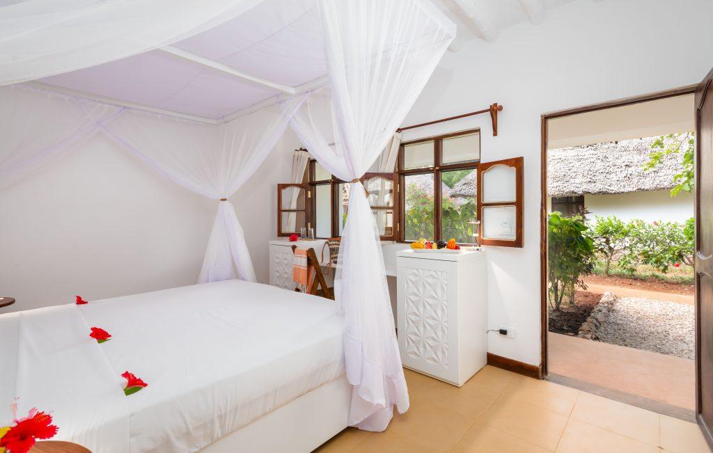 Sandies-Baoba-Beach_Zanzibar38_garden-room1