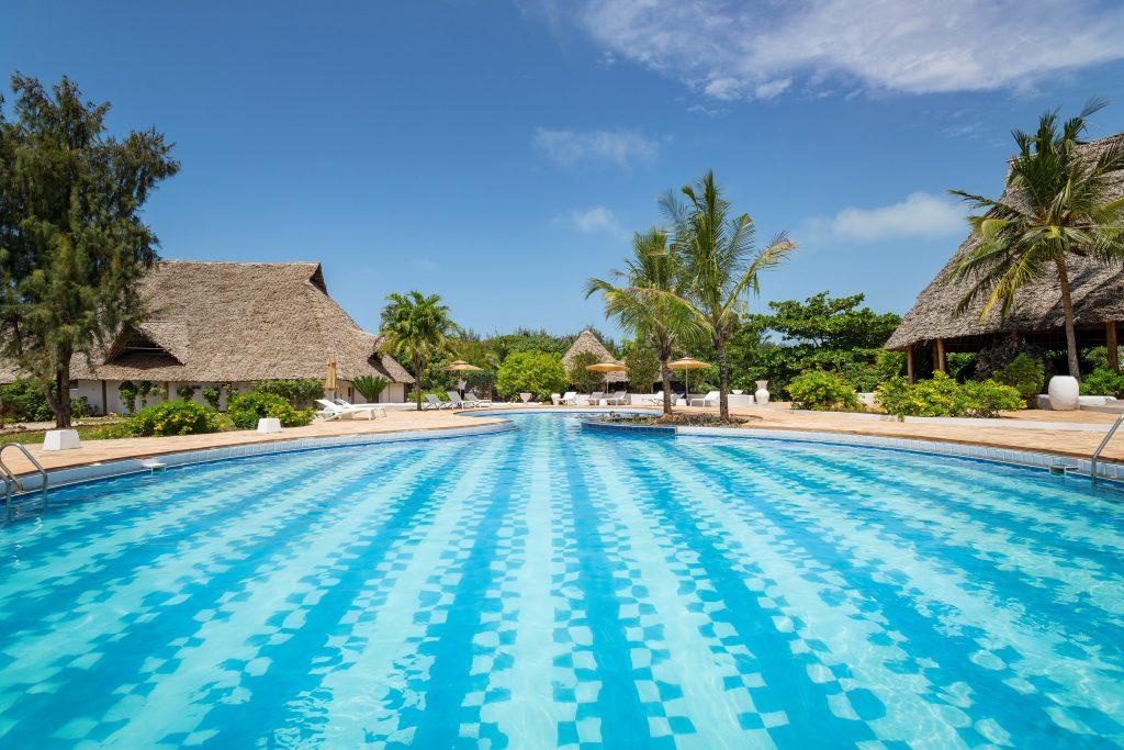 Sandies-Baoba-Beach_Zanzibar8