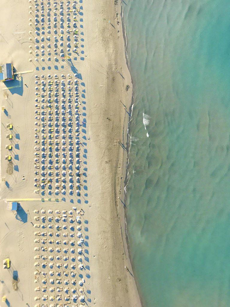 beach-4802086_1280