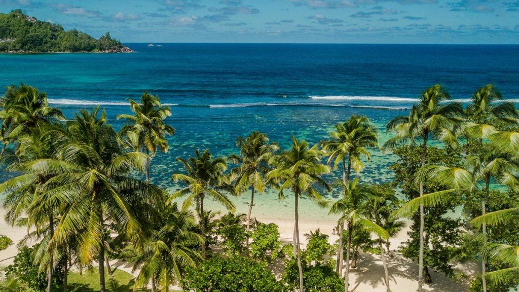 e_kempinski-seychelles_tropical-garden